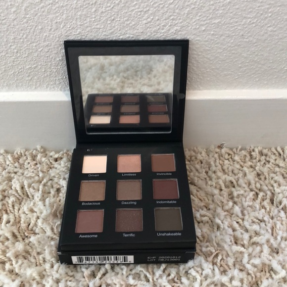 RealHer Other - Realher Shadow Palette